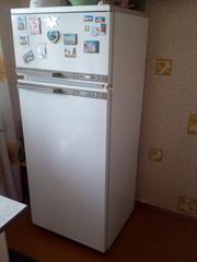 Холодильник работающий